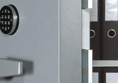 Trezory a skříně na zbraně T-safe a Wertheim